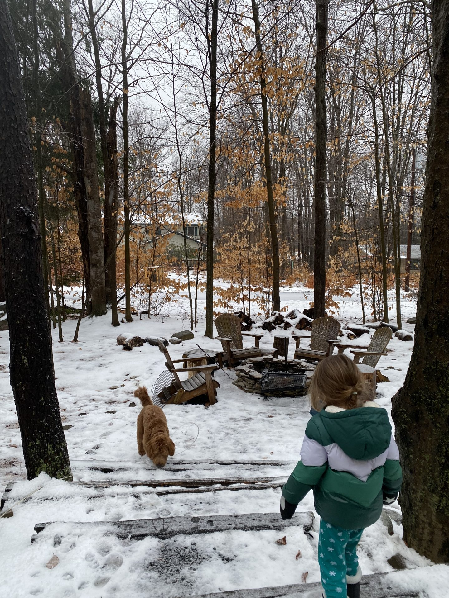 Lifestyle Blogger Chocolate and Lace shares her Airbnb Stay in the Pocono Mountains.