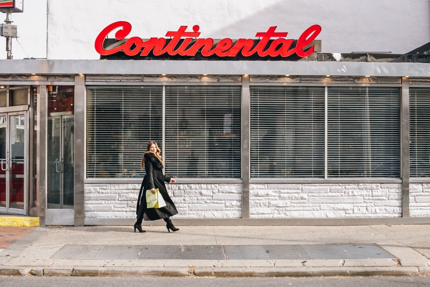 Where to Eat in Philly: The Continental Midtown