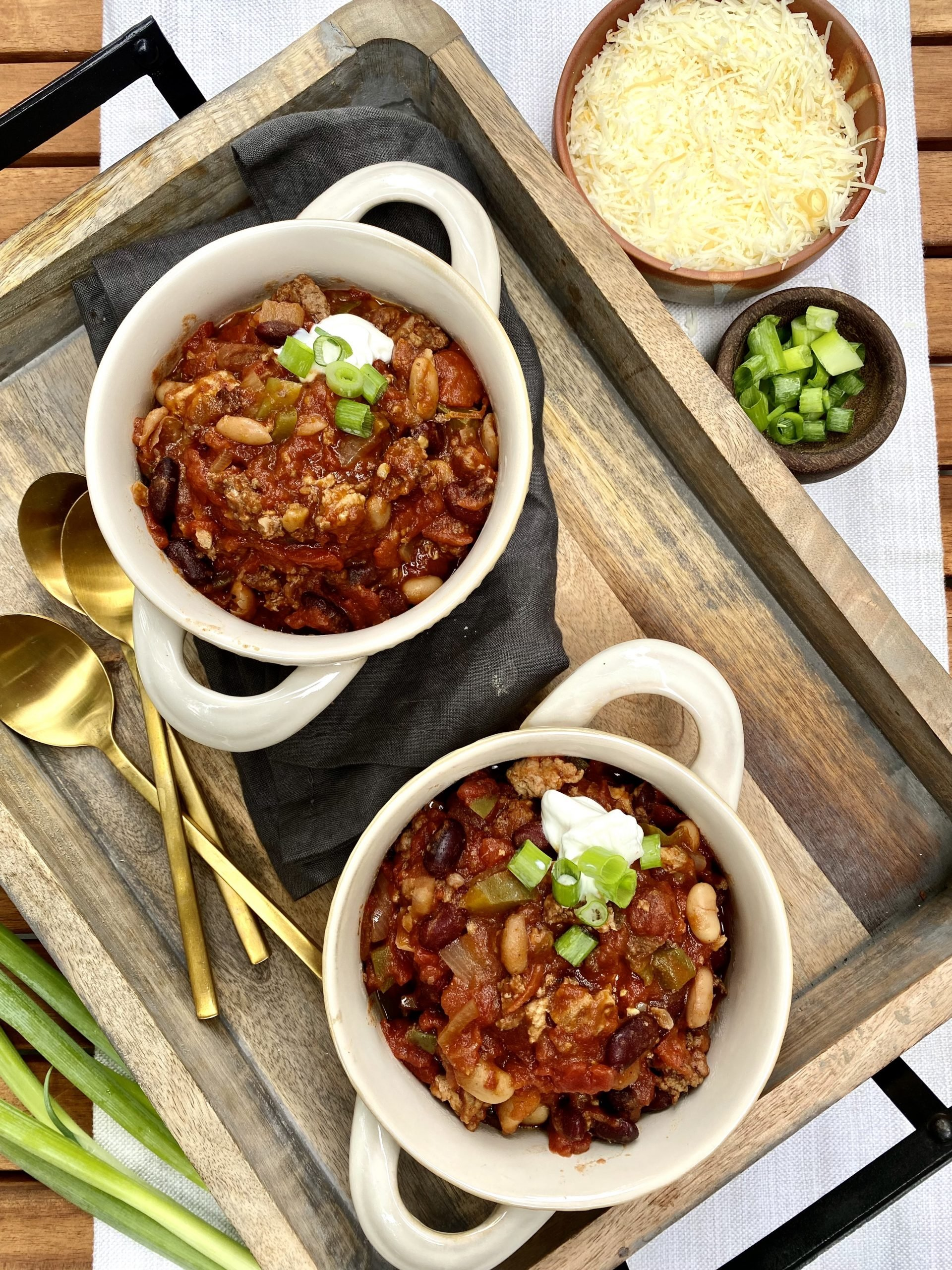 The Easiest Slowcooker Chili Recipe You'll Ever Make